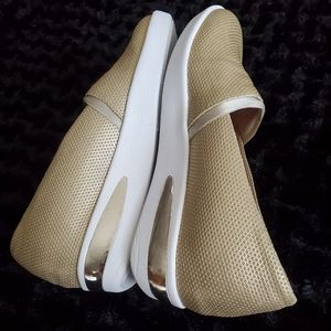 Shoes - Kenneth Cole Reaction methalic Slip on Sneakers
